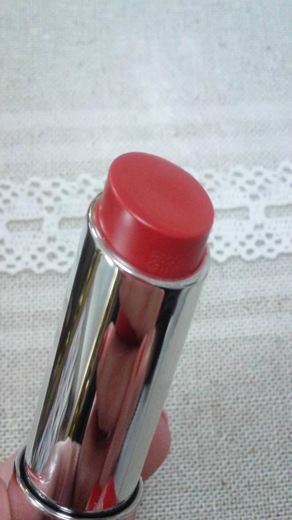 Revlon ColorBurst Lip Butter in Candy Apple